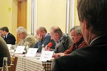 Zastupitel Miroslav Olšaník kritizoval městskou radu Příbora za výběr členů delegece do Německa.