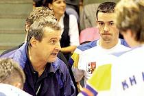 Tři posty místopředsedy, manažera i hlavního trenéra aktuálně zastává v KH Kopřivnice Miroslav Bartoň.
