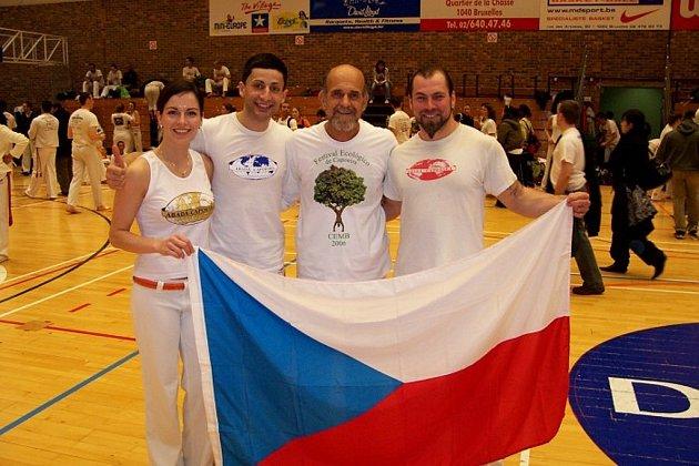 Petra Pístecká, Zdenek Rigo, zakladatel Abadá capoeira Mestre Camiza  a Vladimír Rösner.