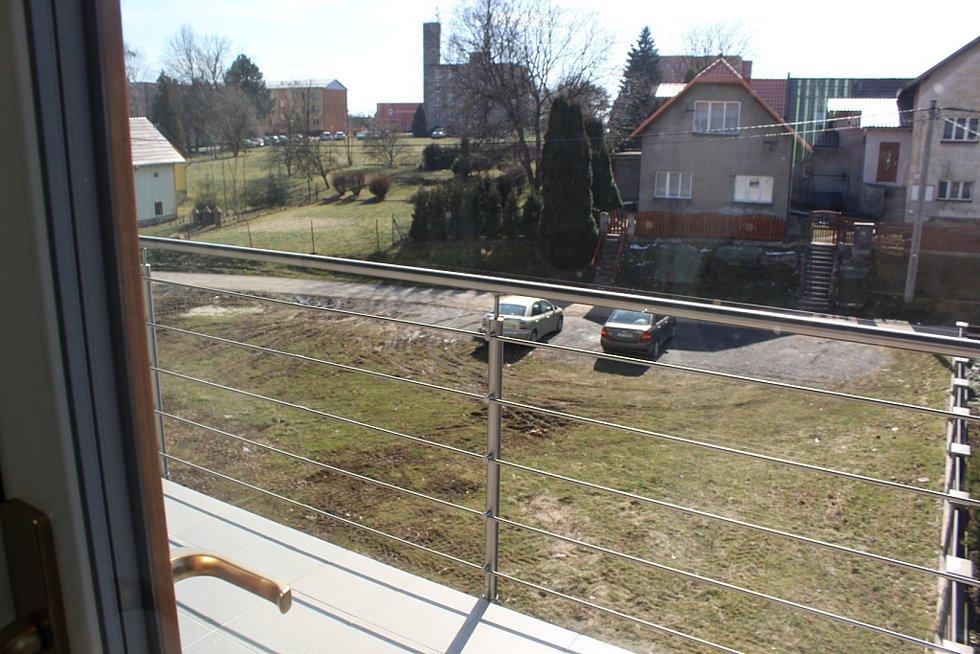 Široká veřejnost si ve čtvrtek 22. března až do večera mohla přijít prohlédnout budovu Úřadu městyse Sucdhol nad Odrou po zhruba roční rekonstrukci.