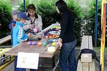 Obec Kamenka ožila v sobotu 24. července prvním ročníkem multikulturního festivalu, který pořadatelé, pro jeho rozmanitost a barevnost, nazvali Kamenskými blešími trhy.