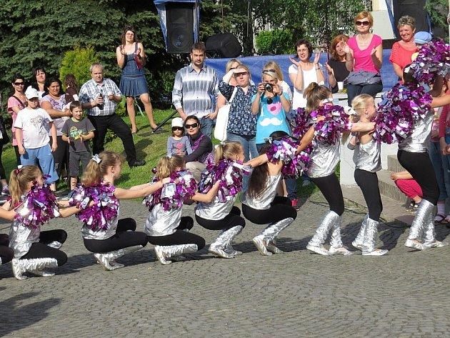 Ve velkém stylu oslavila v sobotu 18. května oderská střední škola šedesáté výročí svého vzniku.