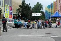 VÝTĚŽEK MASÍROVACÍHO víkendu poputuje na sportovní hry zdravotně postižených.