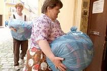 Humanitární sbírka proběhne v Novém Jičíně 25. března. Ilustrační foto.