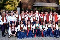 Snímek zachycuje soubor v rožnovském skanzenu loni 20. září.