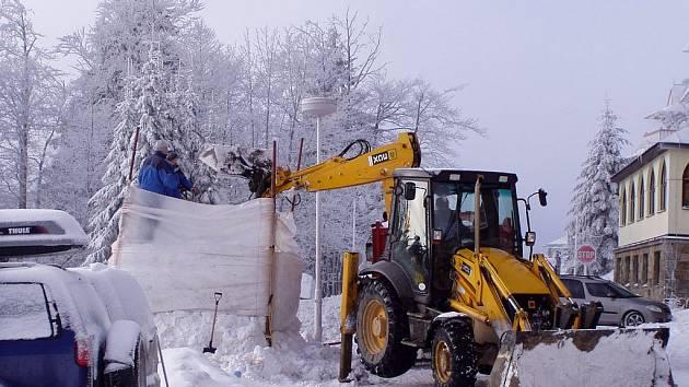 Přípravy na Sněhové království vrcholí.