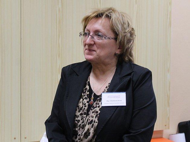 Anna Blažková má v paměti dobu, kdy hotelovou školu navštěvovalo dvanáct set studentů. Dnes je jich polovina.