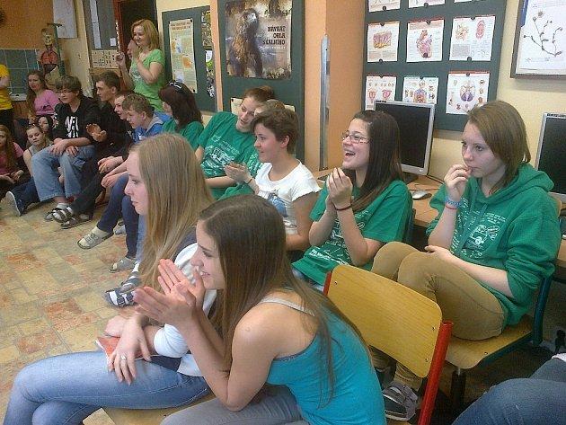Vystoupení na ZŠ Dlouhá (včetně prezentace o Finsku pro žáky této školy).