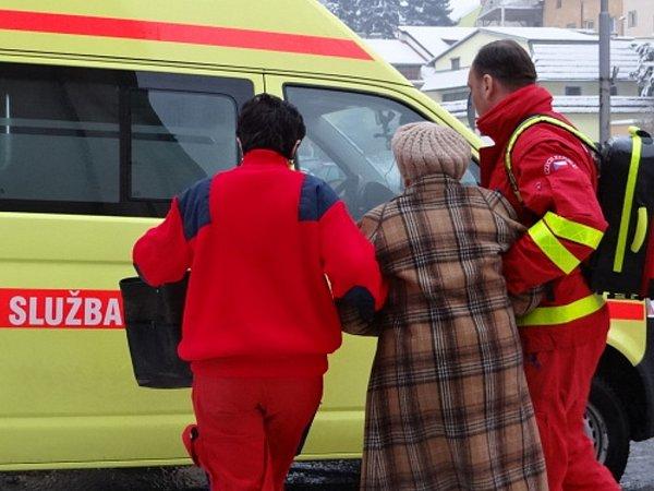 Při pondělním požáru domova spečovatelskou službou vPříboru na Novojičínsku zemřeli dva důchodci.