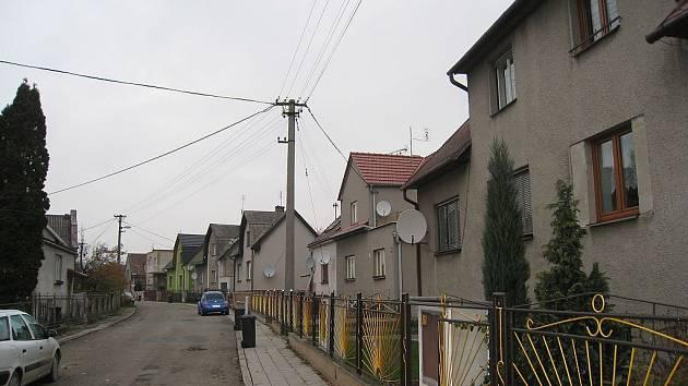 Satelity jsou jedinou možností jak lze přijímat televizní signál na Luční ulici v Odrách.
