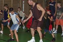 Novou tváří v basketbalovém týmu GEOFIN Nový Jičín je devětadvacetiletý srbský pivot s německým pasem, Robert Šarovič.