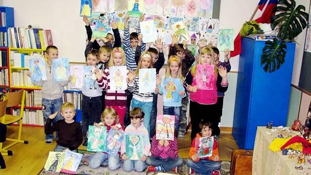 Školáci Základní školy v Heřmanicích u Oder.