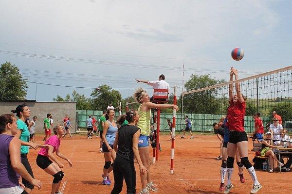 Volejbalový turnaj vHodslavicích měl vsobotu 5.července a vneděli již 41.ročník.