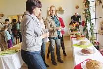 Chleby nejrůznějších velikostí, tvarů a chutí se o víkendu ochutnávaly na bíloveckém zámku.