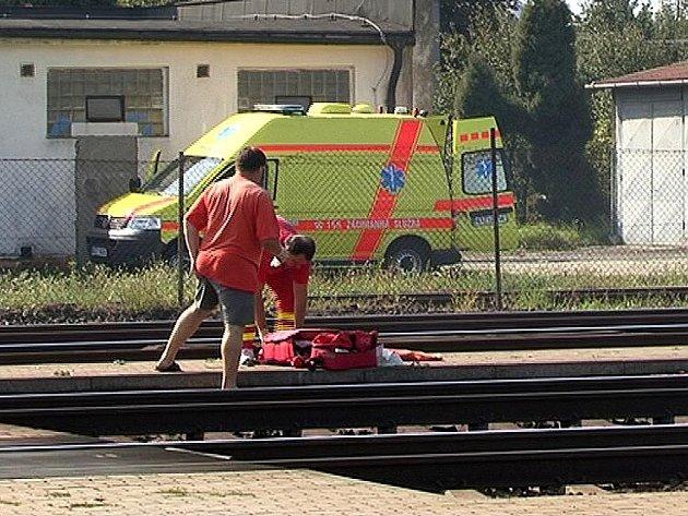 Srážku s vlakem Pendolino přežil v pondělí dopoledne muž na vlakovém nádraží ve Studénce.