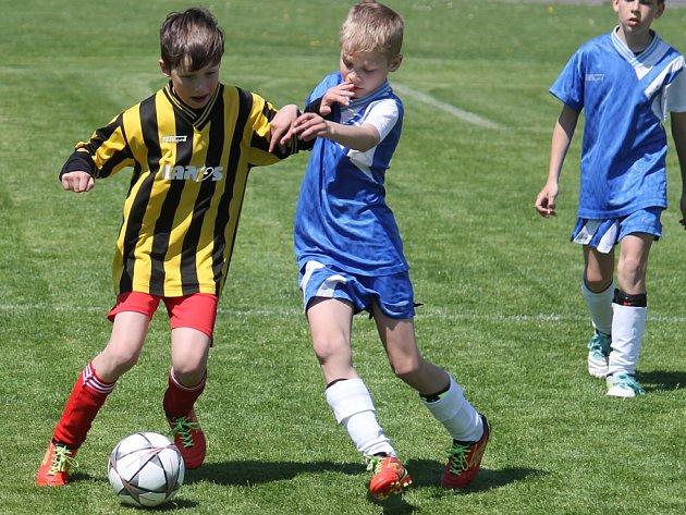 Jedenáctý ročník mládežnických turnajů o putovní pohár starosty města, které o víkendu hostil novojičínský stadion, se pořadatelům vydařil.