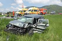 Nehoda dvou osobních automobilů u obce Lichnov zaměstnala dvě jednotky hasičů.