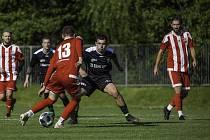 Přípravné fotbalové utkání Orlová - Bílovec (v černém) 0:4. Foto: Tadeáš Bednarz