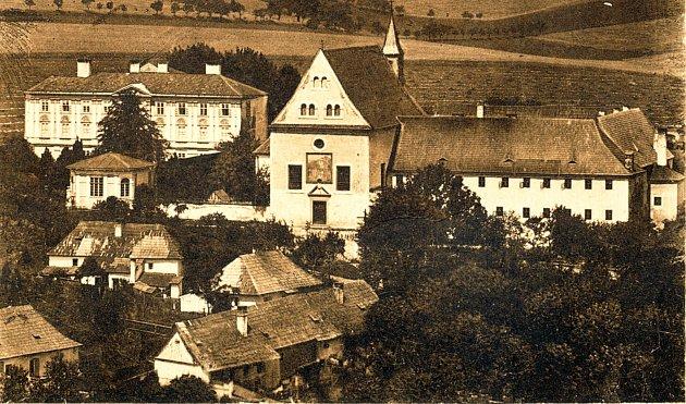 Kapucínský klášter skostelem svatého Josefa býval jednou zdominant Fulneku.