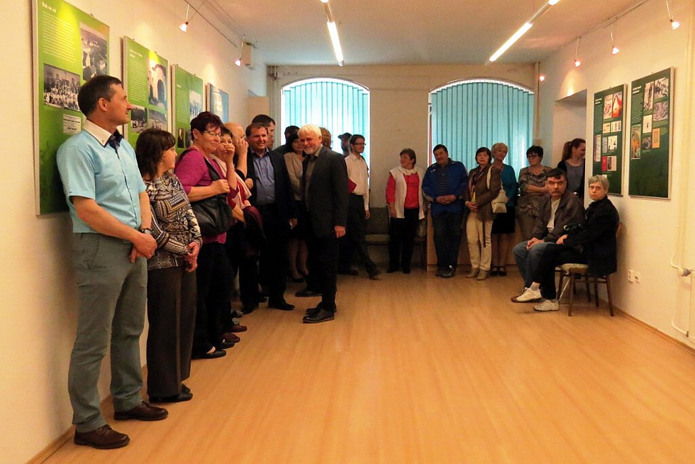 Výstava o kolektivizaci s názvem Rozkulačeno! je k vidění od pondělí v Městské galerii v Odrách.