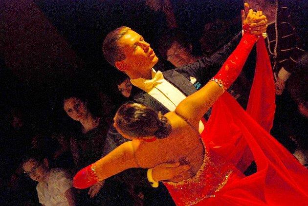 Elitní tanečníci nejen z České republiky se v sobotu 20. listopadu sjeli do Kopřivnice, kde proběhlo jedno z nejstarších tuzemských klání Taneční liga Tatra s pořadovým číslem čtyřicet čtyři.