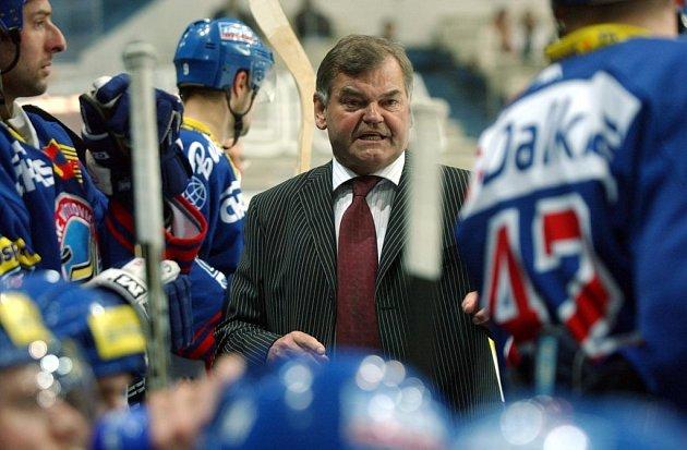 Vladimír Vůjtek ukončil kariéru z důvodů zdravotních problémů loni a v této chvíli už příliš nepočítá, že by se na střídačku někdy vrátil.