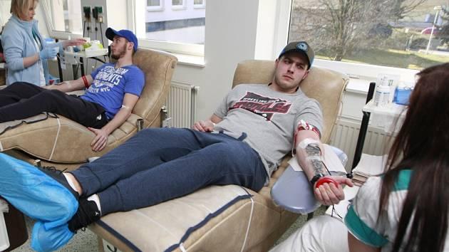 Hokejisté Kopřivnice darovali krev v Krevním centru Fakultní nemocnice v Ostravě-Porubě.
