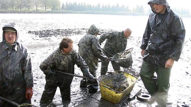 O darování rybníku v Borovci usilují rybáři z Příbora.