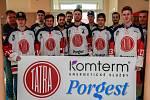 Hokejisté HC Tatry Kopřivnice darovali krev v krevním centru v Ostravě-Porubě.