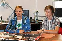Fotokomiks o kyberšikaně, který vytvořili studenti Mendelovy střední školy v Novém Jičíně vyhrál celosttátní soutěž vyhlášenou společností Sodat. Studenti jej představili ve středu 5. září.