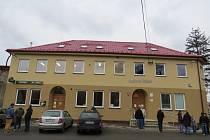 Budova úřadu v Hladkých Životicích. Ilustrační foto.