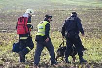 Více než pět hodin pátrali hasiči a policisté po pohřešovaném muži v katastru Tiché. Pátrání mělo šťastný konec. Muž se sám, nezraněn, přihlásil.