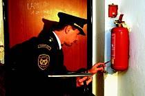 Hasící přístroje jsou jen jedním z předmětů zájmů hasičů při kontrolách.
