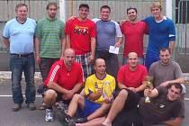 Muži z Albrechtiček, hrající 2. ligu národní házené.