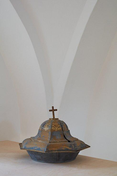 Mezinárodní porotu XXVI. ročníku Grand Prix architektů Národní ceny za architekturu 2019 letos zaujala rekonstrukce evangelického kostela v Hodslavicích na Novojičínsku, která získala cenu v kategorii interiér.
