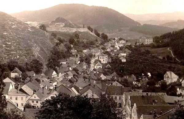 Tento snímek pochází zpohlednice zroku 1928.