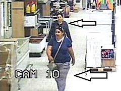 Policie hledá dvojici žen, které zachytila bezpečnostní kamera.