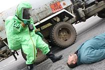 Češi a Slováci společně zachraňovali osádku havarovaných nákladních aut v prostoru bývalého hraničního přechodu Hodonín – Holíč.