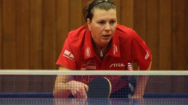 Hodonínská stolní tenistka Alena Vachovcová.