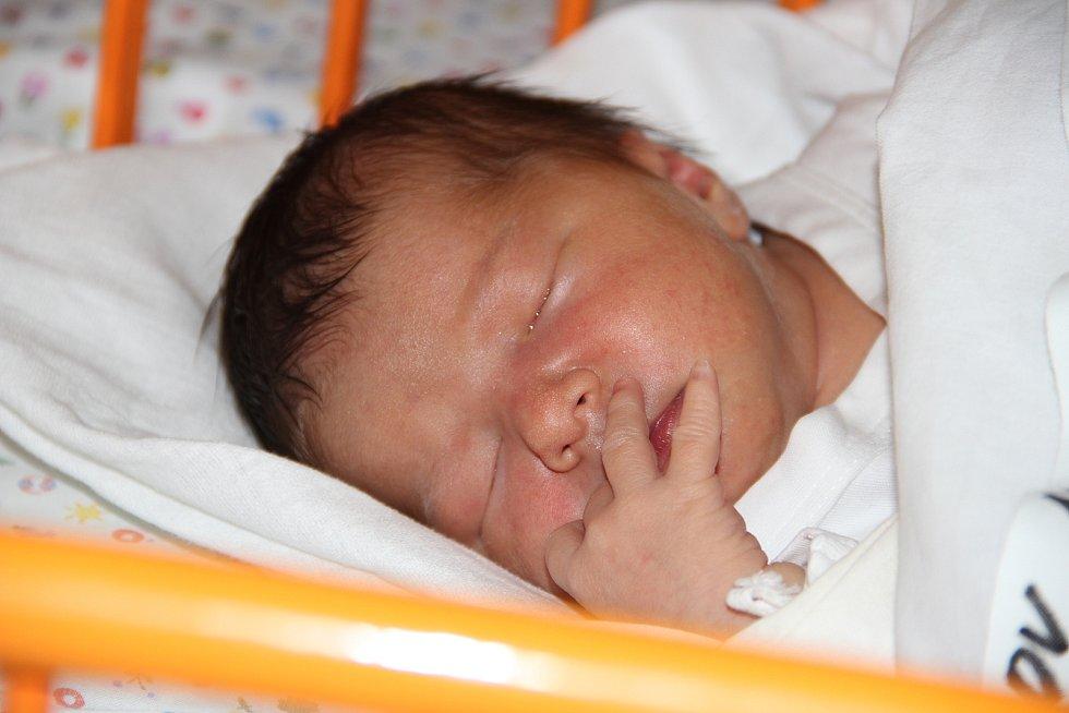 Štěpánka Večerková,  Vnorovy, nar. Nemocnice Kyjov, 22. června 2020, 22.54, 2950 gramů, 48 centimetrů