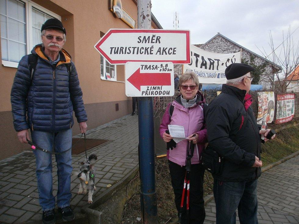 Turisté prošli zimní přírodou.Foto: Miroslav Vaculík