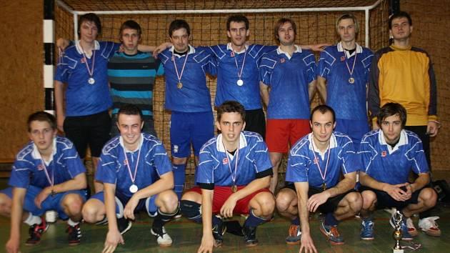 Tým Zweigeltrebe, předloňský vítěz populární Kyjovské halové ligy, letos znovu pomýšlí na celkové prvenství.