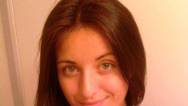 Jednadvacetiletá slovenská házenkářka Mária Olšovská se po operaci kolena a roční přestávce vrací na interligové palubovky.