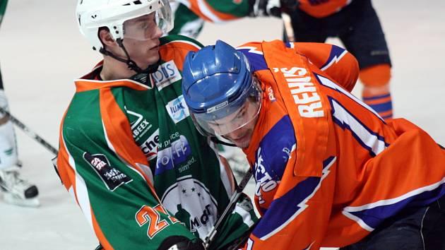 Hodonínští hokejisté prohráli v sobotu s Mostem 4:6. Branislav Rehuš vyšel střelecky naprázdno.