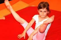 Šestiletá gymnastka Terezka Bábíčková patří mezi velké naděje české gymnastiky.