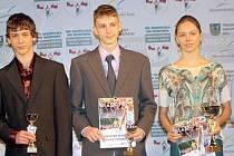 Hodonínský vytrvalec Filip Sasínek (uprostřed).
