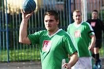 Národní házenkáři Veselí nad Moravou postoupili z prvního místa do semifinále Českého poháru, které hostí v polovině března Pustějov.