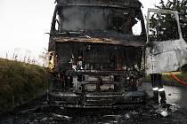 Požár kamionu mezi Kyjovem a Kelčany.