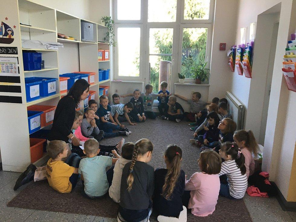 Základní školu T. G. Masaryka a Mateřskou školu Hovorany navštěvuje přes dvě stě žáků z Hovoran a spádových obcí Čejč, Terezín, Karlín a dalších.