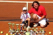 Devítiletý tenista z TCP Kyjov Dan Gregorovič skončil na turnaji v Brně druhý. V Židenicích vyhrál čtyřhru.